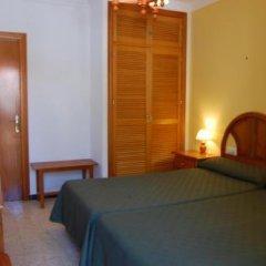 Отель Antonio Conil Испания, Кониль-де-ла-Фронтера - отзывы, цены и фото номеров - забронировать отель Antonio Conil онлайн комната для гостей