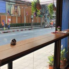 Отель Miku Guesthouse Бангкок интерьер отеля