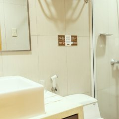 Отель Casa Bocobo Hotel Филиппины, Манила - отзывы, цены и фото номеров - забронировать отель Casa Bocobo Hotel онлайн ванная фото 2