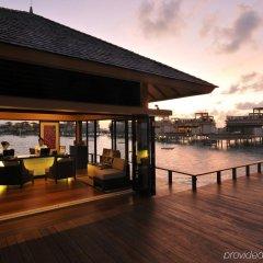 Отель Angsana Velavaru Мальдивы, Южный Ниланде Атолл - отзывы, цены и фото номеров - забронировать отель Angsana Velavaru онлайн Южный Ниланде Атолл  гостиничный бар