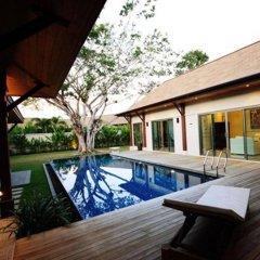 Отель Two Villas Holiday Oriental Style Layan Beach Таиланд, пляж Банг-Тао - отзывы, цены и фото номеров - забронировать отель Two Villas Holiday Oriental Style Layan Beach онлайн бассейн