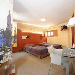 Отель Auberge de la Commanderie Франция, Сент-Эмильон - отзывы, цены и фото номеров - забронировать отель Auberge de la Commanderie онлайн удобства в номере фото 2
