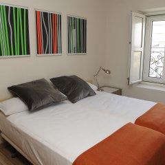 Отель Atocha Suites комната для гостей