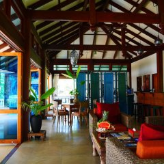 Отель Koh Jum Beach Villas интерьер отеля