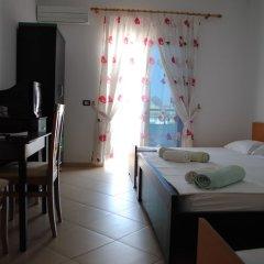 Отель Visi Apartments Албания, Ксамил - отзывы, цены и фото номеров - забронировать отель Visi Apartments онлайн комната для гостей