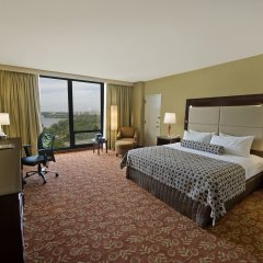 Crowne Plaza Hotel Philadelphia-Cherry Hill удобства в номере фото 2