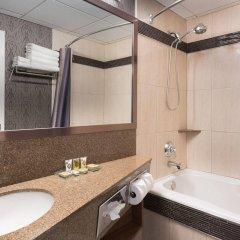 Отель Carriage House Inn Канада, Калгари - отзывы, цены и фото номеров - забронировать отель Carriage House Inn онлайн ванная фото 2