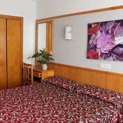 Hotel Esplendid комната для гостей