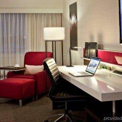 Отель Delta Hotels by Marriott Calgary South Канада, Калгари - отзывы, цены и фото номеров - забронировать отель Delta Hotels by Marriott Calgary South онлайн интерьер отеля фото 2