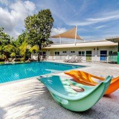 Отель Chalong Hill Tropical Garden Homes Пхукет бассейн
