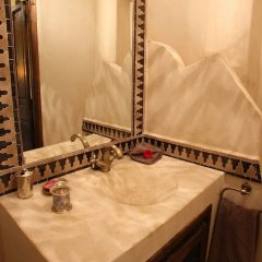 Отель Riad La Croix Berbère Luxe ванная фото 2