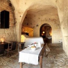 Отель Sextantio Le Grotte Della Civita Матера интерьер отеля