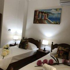 Отель Mali I Robit Голем комната для гостей фото 4