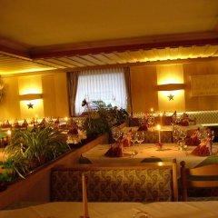 Отель Das Bergland - Vital & Activity Италия, Горнолыжный курорт Ортлер - отзывы, цены и фото номеров - забронировать отель Das Bergland - Vital & Activity онлайн интерьер отеля