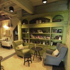 Niras Bankoc Cultural Hostel фото 2