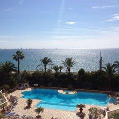 Отель Résidence Pierre & Vacances Cannes Verrerie- Cannes бассейн
