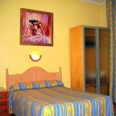 Отель CH Plaza D'Ort Rooms Madrid комната для гостей