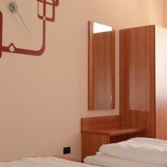 Отель Albergo Cavallino sRössl Италия, Меран - отзывы, цены и фото номеров - забронировать отель Albergo Cavallino sRössl онлайн комната для гостей фото 4