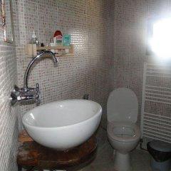 Hotel Bardeni Боженци ванная