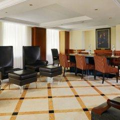 Отель Marriott Armenia Hotel Yerevan Армения, Ереван - 12 отзывов об отеле, цены и фото номеров - забронировать отель Marriott Armenia Hotel Yerevan онлайн интерьер отеля фото 2