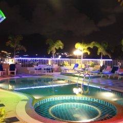 Отель Patong Hemingways бассейн фото 2