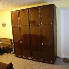 Отель Guest House Chubini сейф в номере