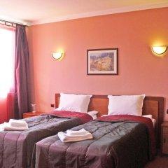 Отель Family Hotel Balkana Болгария, Боженци - отзывы, цены и фото номеров - забронировать отель Family Hotel Balkana онлайн комната для гостей фото 5