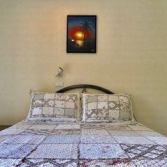 Отель Falang Paradise сейф в номере