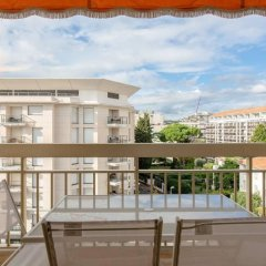 Апартаменты Apartment With one Bedroom in Cannes, With Wonderful City View, Furnis балкон