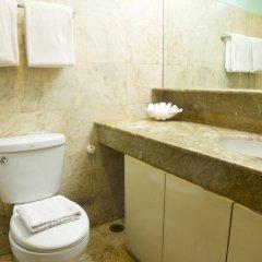 Отель The Pearl Manila Hotel Филиппины, Манила - отзывы, цены и фото номеров - забронировать отель The Pearl Manila Hotel онлайн ванная