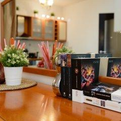 Отель Vitoshka Vip Apartments Hotel Болгария, София - отзывы, цены и фото номеров - забронировать отель Vitoshka Vip Apartments Hotel онлайн интерьер отеля