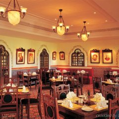 Отель Taj Exotica Гоа питание