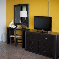 Отель San Marino Vallarta Centro Beach Front Пуэрто-Вальярта удобства в номере