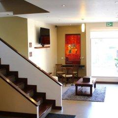 Отель Best Western Cumbres Inn Cd. Cuauhtémoc интерьер отеля фото 2