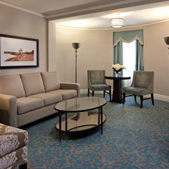 Отель Delta Hotels by Marriott Bessborough комната для гостей фото 3