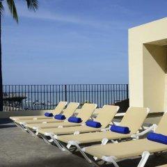 Отель San Marino Vallarta Centro Beach Front Пуэрто-Вальярта бассейн