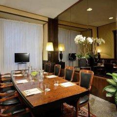 Отель Colonna Palace Hotel Италия, Рим - 2 отзыва об отеле, цены и фото номеров - забронировать отель Colonna Palace Hotel онлайн питание