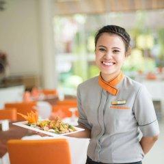 Отель The Beach Heights Resort Таиланд, Пхукет - 7 отзывов об отеле, цены и фото номеров - забронировать отель The Beach Heights Resort онлайн питание фото 2