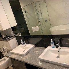 Отель De Platinum Suite Малайзия, Куала-Лумпур - отзывы, цены и фото номеров - забронировать отель De Platinum Suite онлайн ванная