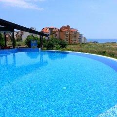 Отель Menada Paradise Dreams Apartments Болгария, Свети Влас - отзывы, цены и фото номеров - забронировать отель Menada Paradise Dreams Apartments онлайн бассейн