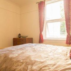 Отель Bright and Spacious 1 Bedroom Flat With Garden Брайтон комната для гостей фото 3