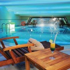 Отель Wyndham Istanbul Old City бассейн