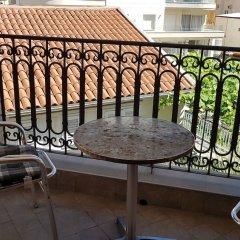 Отель Sunny Boulevard Черногория, Будва - отзывы, цены и фото номеров - забронировать отель Sunny Boulevard онлайн балкон