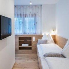 Отель Appartements Ferienidylle Gstrein Парчинес комната для гостей фото 3