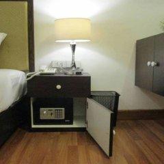 Hotel Residence 24lh сейф в номере