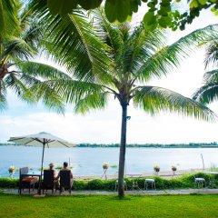 Отель Vinh Hung Riverside Resort & Spa пляж