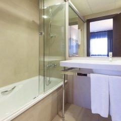 Отель URH Hotel Excelsior Испания, Льорет-де-Мар - 4 отзыва об отеле, цены и фото номеров - забронировать отель URH Hotel Excelsior онлайн ванная фото 2