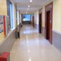Yifeng Business Hotel интерьер отеля фото 3