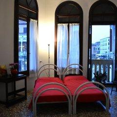 Отель Veniceluxury Италия, Венеция - отзывы, цены и фото номеров - забронировать отель Veniceluxury онлайн комната для гостей фото 2