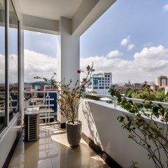 Отель Crown Hotel Вьетнам, Хюэ - отзывы, цены и фото номеров - забронировать отель Crown Hotel онлайн балкон